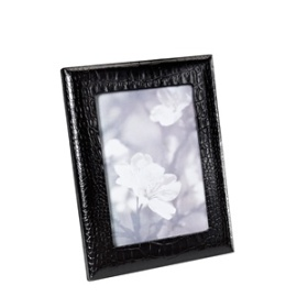 black photo / picture frame
